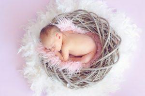 Ett sovande spädbarn